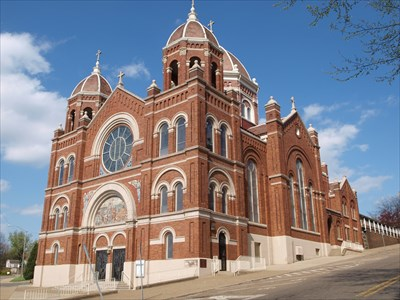 St Nicholas Church (1898) - 925 E Main St