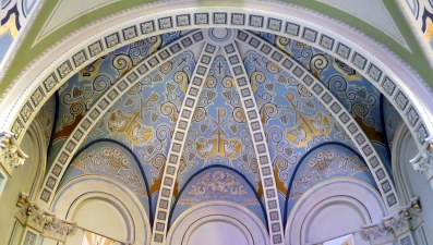 Saint_Nicholas_Catholic_Church_(Zanesville,_Ohio)_-_apse_mural